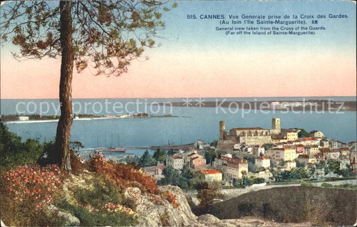 Cannes Alpes Maritimes Vue generale prise de la Croix des Gardes Ile Sainte Marguerite Kat. Cannes