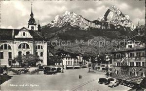 Schwyz Dorfplatz mit Mythen Kat. Schwyz