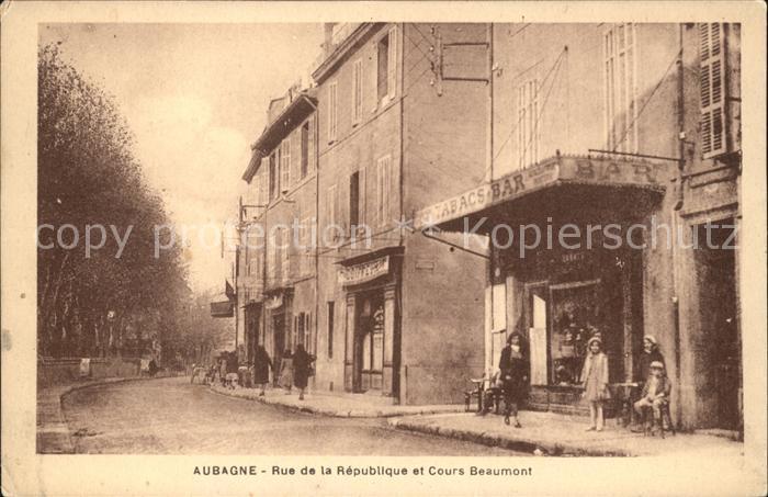 Aubagne Rue de la Republique et Cours Beaumont Kat. Aubagne