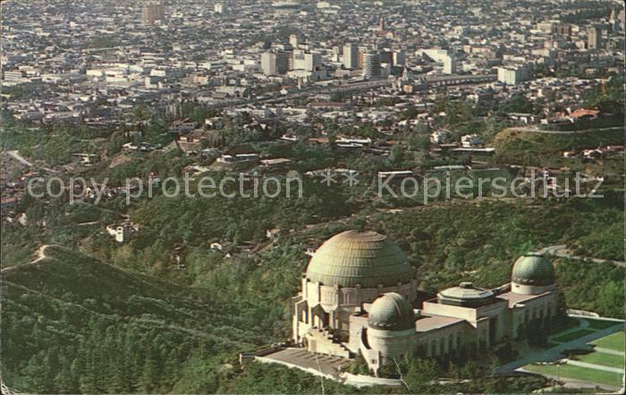 Los Angeles California Griffith Observatory and Planetarium Air view Kat. Los Angeles