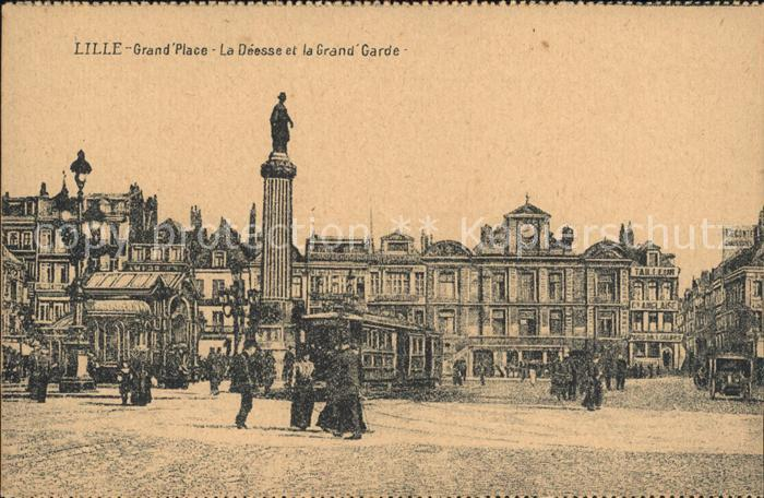 Lille Nord Grande Place La Deesse et la Grande Garde Monument Statue Kat. Lille