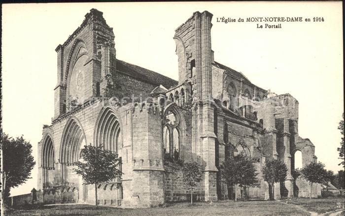 Mont Notre Dame Eglise Portail Monument historique Kat. Mont Notre Dame