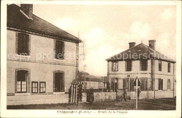 Chateaudun Entree de la Caserne Wache Kat. Chateaudun