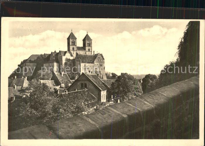 Quedlinburg Blick zum Schloss und Dom vom Muenzenturm 1000jaehrige Stadt Kat. Quedlinburg