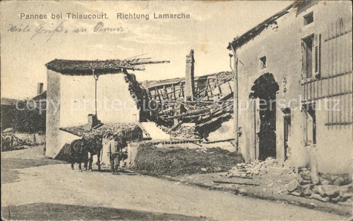 Thiaucourt Regnieville Pannes Richtung Lamarche zerstoerte Haeuser Pferd Kat. Thiaucourt Regnieville