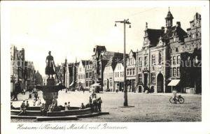 Husum Nordfriesland Markt mit Brunnen / Husum /Nordfriesland LKR