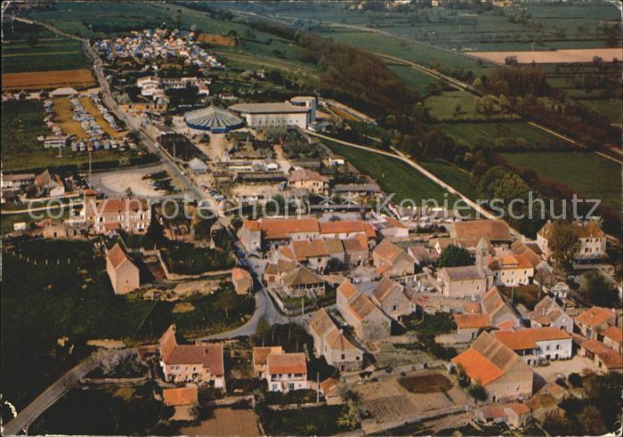Taize Saone et Loire Eglise de la Reconciliation Concile des Jeunes Village et Eglise romane vue aerienne Kat. Taize