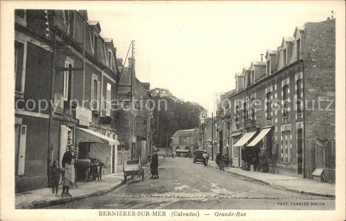 Bernieres-sur-Mer Grande- Rue / Bernieres-sur-Mer /Arrond. de Caen