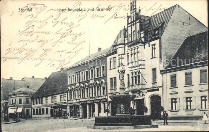 Stendal Sperlingsplatz Brunnen / Stendal /Stendal LKR