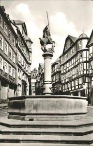 Marburg Lahn Markt mit Brunnen Altstadt Fachwerkhaeuser Kat. Marburg