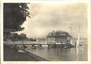 Kiel Partie an der Wasserallee Bootshaus Steg Segelboot Kat. Kiel