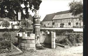 Uebigau Wahrenbrueck Marktplatz mit Brunnen Kat. Uebigau Wahrenbrueck