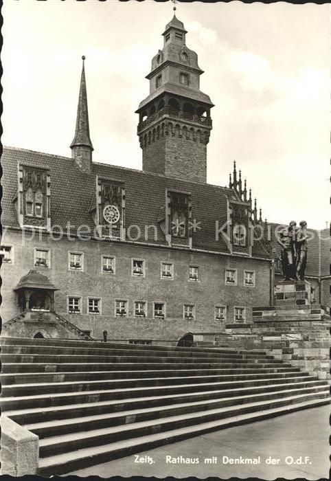 Zeitz Rathaus mit Denkmal der O.d.F. Kat. Zeitz