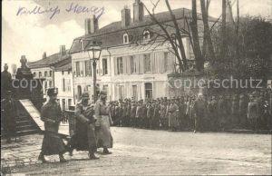 Stenay Soldaten Stadtplatz / Stenay /Arrond. de Verdun