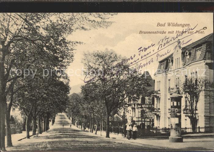 Bad Wildungen Brunnenstrasse mit Hotel zur Post Kat. Bad Wildungen