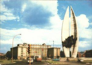 Rzeszow Pomnik Walk Rewolucyjnych w glebi siedziba Urzedu Wojewodzkiego Kat. Rzeszow