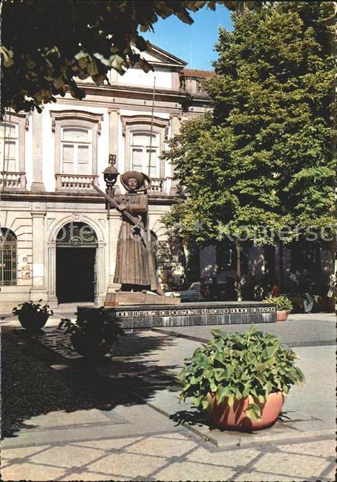 Viseu Praca da Republica Monumento ao Infante D Henrique Kat. Viseu