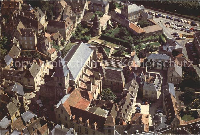 Sarlat la Caneda Cathedrale Place du Queyrou Presidial Lanterne des ...