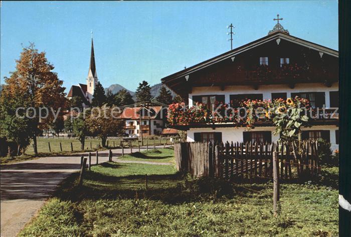 Bad Wiessee Ortspartie mit Blick auf die Kirche Kat. Bad Wiessee