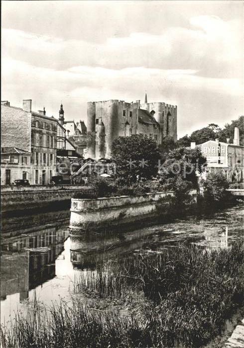 Niort Donjon du Chateau fort des Comtes de Poltiers Kat. Niort