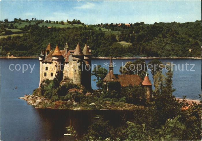 Auvergne Region Chateau de Val dans le Lac forme Kat. Clermont Ferrand