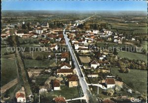 Montrevel-en-Bresse Vue generale aerienne / Montrevel-en-Bresse /Arrond. de Bourg-en-Bresse