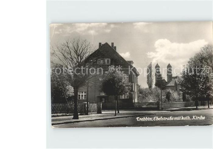 Trebbin Ebelstrasse mit kath Kirche / Trebbin /Teltow-Flaeming LKR