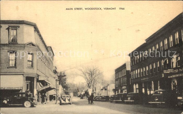 Woodstock Vermont Main Street / Woodstock /