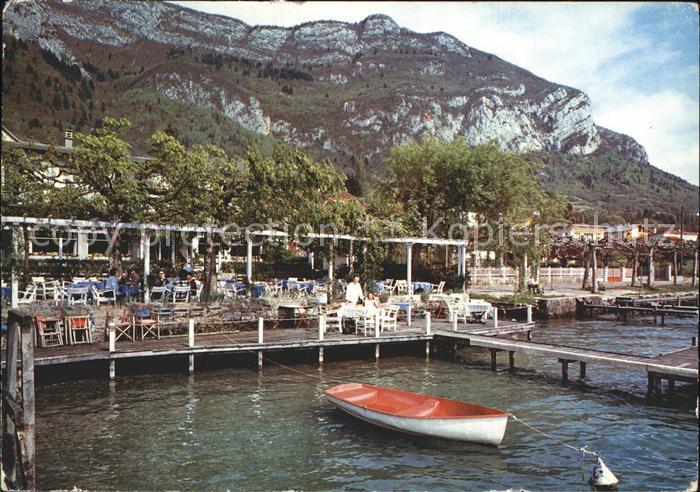 Veyrier du Lac Hotel Restaurant l Auberge du Lac Plage Terrasse ombragee au  bord du lac Kat. Veyrier du Lac