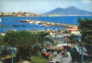 Napoli Neapel Marina di Mergellina Hafen Kueste Vesuv Vulkan Kat. Napoli
