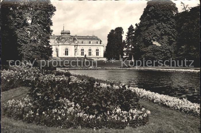 Duesseldorf Schloss Benrath Teich Kat. Duesseldorf