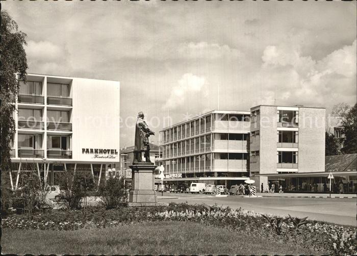 Reutlingen Parkhotel mit Friedrich List Denkmal und Kaufhaus Merkur Kat. Reutlingen