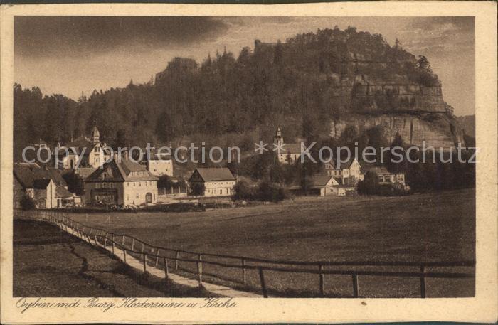 Oybin Ortsansicht mit Kirche Berg Oybin Burg Klosterruine Zittauer Gebirge Kat. Kurort Oybin