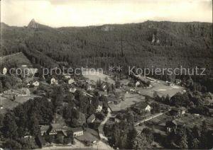 Oybin Blick vom Berg auf den Ort und den Scharfenstein Kat. Kurort Oybin