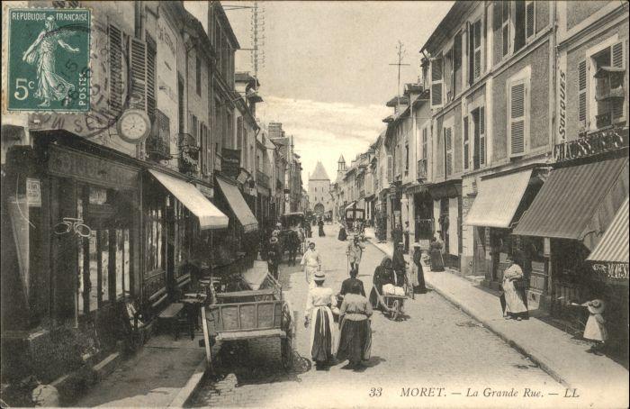 Moret-sur-Loing Moret Grande Rue x / Moret-sur-Loing /Arrond. de Fontainebleau