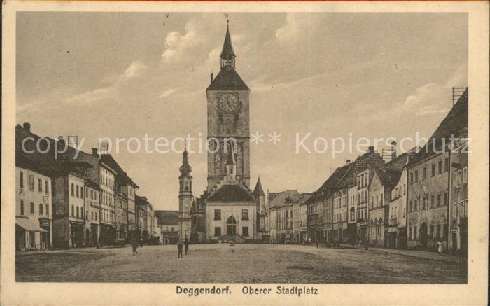 Deggendorf Donau Oberer Stadtplatz mit Rathaus Kat. Deggendorf