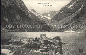 Lac de Gaube et les montagnes Kat. Cauterets Hautes Pyrenees
