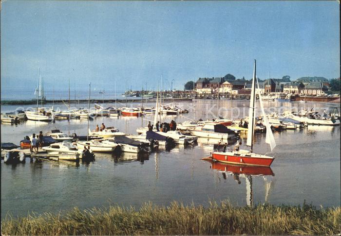 Le Crotoy Plage Port de Plaisance Port de Peche Hafen