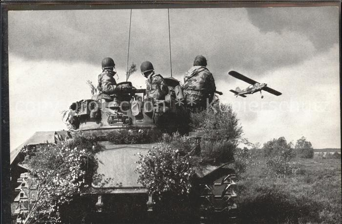 Panzer Tank Bundeswehr Heer Fla. Stellung  / Militaria /