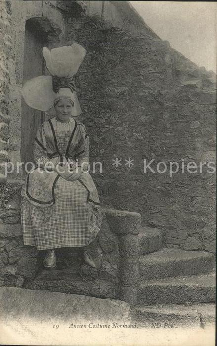 Trachten Frankreich Ancien Costume Normand Kat. Trachten