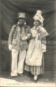 Trachten Frankreich Types et Costumes Normands Kat. Trachten
