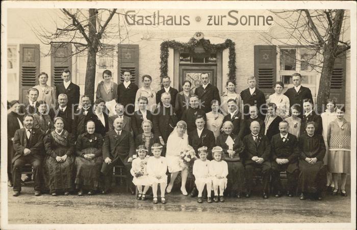 Hochzeit Gruppenfoto Gasthazs zur Sonne Kat. Greetings