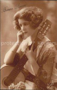 Musikanten Bonne Annie Frau Gitarre Kat. Musik