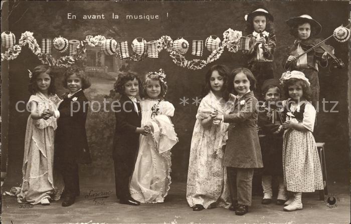Hochzeit Kinder Musik Tanz Musikanten Geige Floete Foto Sazerac Nr