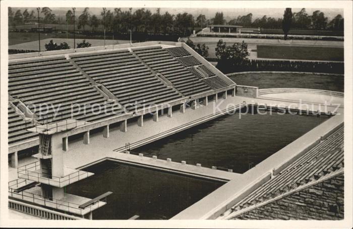 Olympia Reichssportfeld Schwimmstadion Berlin / Sport /