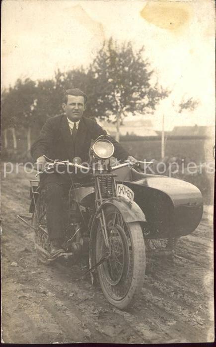 Motorrad Motorradgespann Motorrad mit Beiwagen / Zweiraeder /