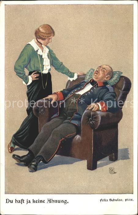 Schulze Felix Du hast ja keine Ahnung Offizier Sessel Schmerzen Frau
