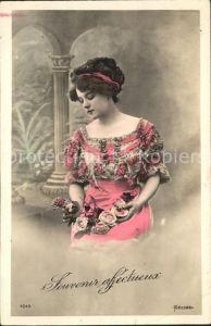 Frauen Rosen Mode Foto Bellone Nr. 4043 Kat. Frauen