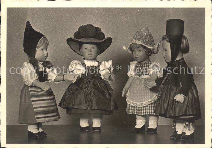 Puppen Trachten  Kat. Spielzeug