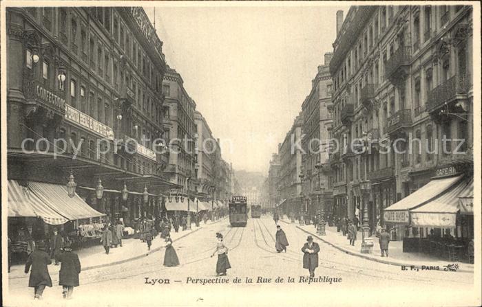 Strassenbahn Lyon Perspective Rue de la Republique  Kat. Strassenbahn